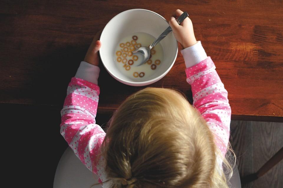 Petit dejeuner chez l'enfant