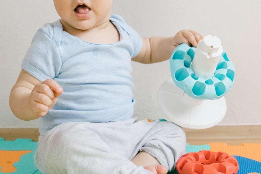 pourquoi acheter un tapis de motricite pour bebe
